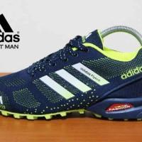 harga sepatu olah raga lari fitnes idaman Adidas Flyknite Tokopedia.com