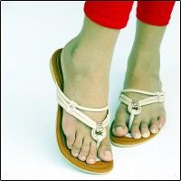 harga Sandal Flat Wanita Tali Cantik - Sendal Teplek Krem Casual Murah AG03 Tokopedia.com