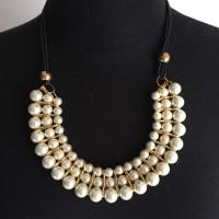 harga Kalung mewah hijab cantik murah manik mutiara warna putih pengait gold Tokopedia.com