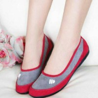 FLAT SHOES ADIDAS ADS MERAH