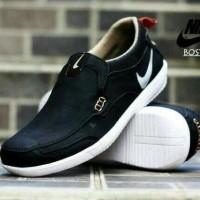 Sepatu casual pria Nike Boston slip on (warna hitam, coklat & cream)