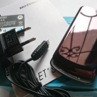 harga Motorola GLEAM EX212 Dual SIM GSM Metallic Traupe / Dark Titanium Grey Tokopedia.com