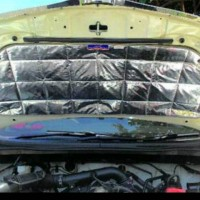 Peredam kap mesin Grand Livina SV 2012