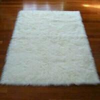 Jual Kain/Karpet Bulu Korea uk. 70x130cm Murah