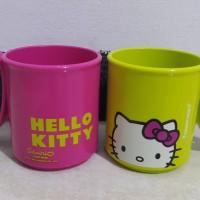 Micro Mug Hello Kitty Tupperware