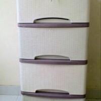 Jual lemari plastik motif rotan 4 susun / container cabinet Murah