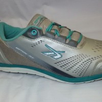 harga sepatu sport / running shoes spotec move on Tokopedia.com