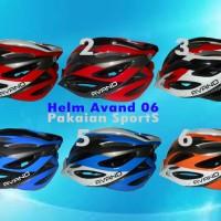 Helm Sepeda Avand 06 dengan lampu