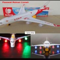 mainan replika pesawat terbang lion air ( miniatur edukasi, anak )