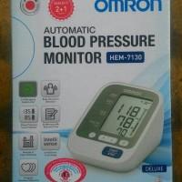 harga Omron Hem-7130 Blood Pressure Monitor/ Tensi Meter Digital Tokopedia.com