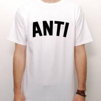 Kaos ANTI Logo Rihanna