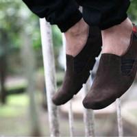 PROMO KICKERS! sepatu slop pria slipon kuliah kerja main sekolah swede