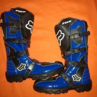harga sepatu boot cros fox biru Tokopedia.com