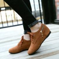 Sepatu Boots Wedges Equador Tan