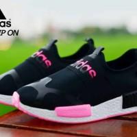 sepatu pria casual sport adidas nmd runner womeb