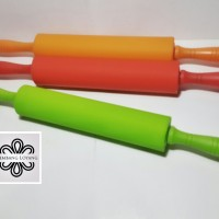 harga Rolling pin silikon warna Tokopedia.com