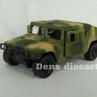 Diecast militer Humvee hijau
