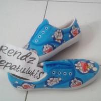 harga Sepatu Lukis Doraemon Dorayaki Tokopedia.com