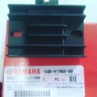 KIPROK YAMAHA R15 GENUINE PART/ASLI RECTIFIER & REGULATOR ASSY (2PL5)