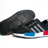 Super Diskon / Sepatu Sneakers Murah / Adidas NMD Runner