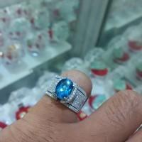 cincin emas berlian batu blue london
