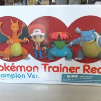 Nendoroid Pokemon Red Champion Charizard Blastoise Bulbasaur figure