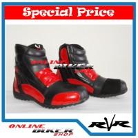 harga Sepatu Touring Rvr Razor Merah Tokopedia.com
