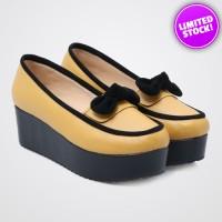 Sepatu Wanita Fashionable - Alive Bella Mustard Platform Wedges