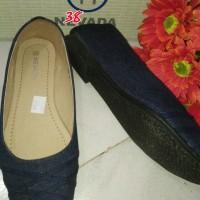 sepatu wanita flat shoes denim biru jeans keren murah merk nevada