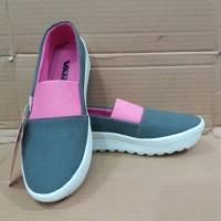 harga Sepatu wanita wedges  slip on Murah Tokopedia.com
