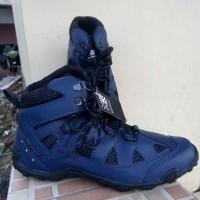 harga sepatu karrimor gunung murah / tnf tracking / snta outdoor / h tech Tokopedia.com