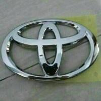 Logo depan Toyota Calya 2016