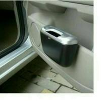 Car Trash Bin / Tempat Sampah Mobil Samping Dashboard