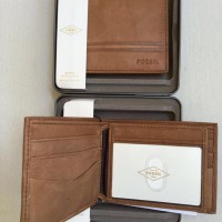 Dompet Fossil Watts Bifold with box