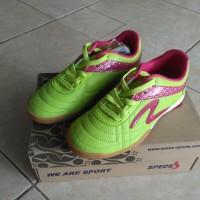 sepatu futsal SPECS el toro jr green