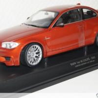 Diecast / Miniatur Mobil BMW 1M Skala 18