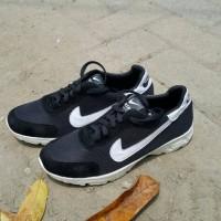 Sepatu Pria Wanita Murah Lari Kets Replika Nike