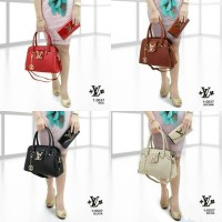 TAS LOUIS VUITTON LV SET DOMPET 0037