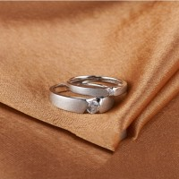 cincin tunangan dan pernikahan palladium dan emas putih unik