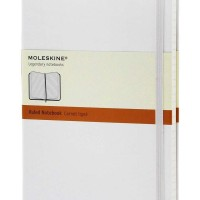 Classic White Large Ruled Notebook 9788866137238