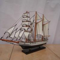Miniatur Kapal Kri Dewa Ruci Kecil | Souvenir Kado Unik Murah Exclusiv
