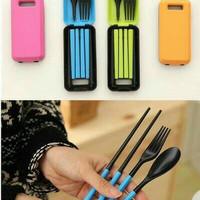sendok garpu sumpit travel portable / sendok makan travel satu set