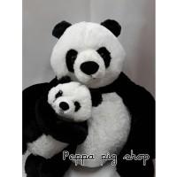 Boneka panda besar
