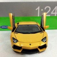 Lamborghini Aventador Kuning - Diecast Mobil Welly 1:24