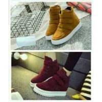 Sepatu wanita SM122