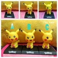 pajangan unik mobil dashboard boneka goyang figure pokemon pikachu