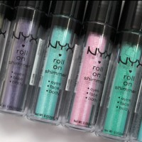 NYX Roll On Eye Shimmer