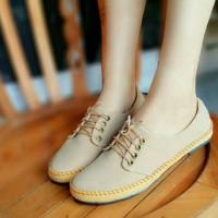 Sepatu Kets Wanita SDS96