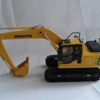 Diecast Komatsu/ Miniatur Alat Berat Excavator PC 200