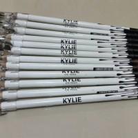 Kylie Pencil Alis